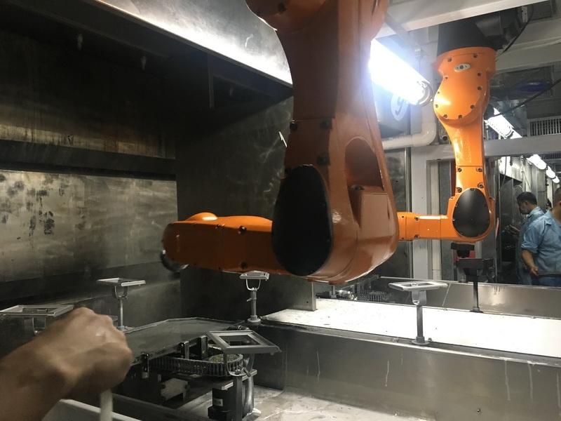双臂防爆喷涂机器人