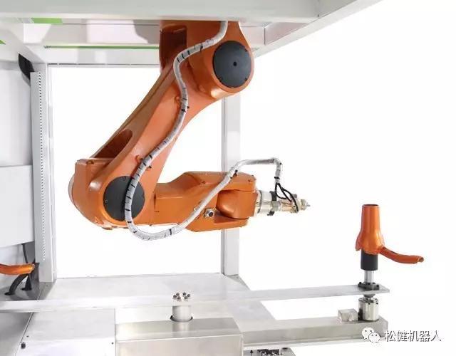 自动喷涂机器人.jpg